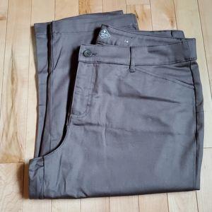 St. John's Bay Brown Capri Pants Women's Size 14